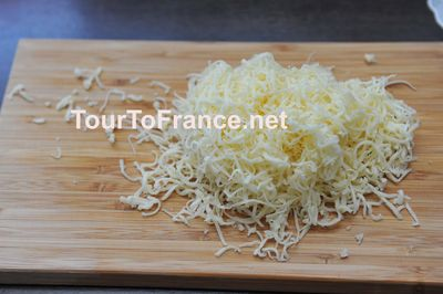 Сыр потертый на мелкой терке - фото 9